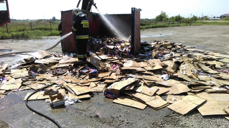 Pożar kontenera z tekturą Babice Nowe