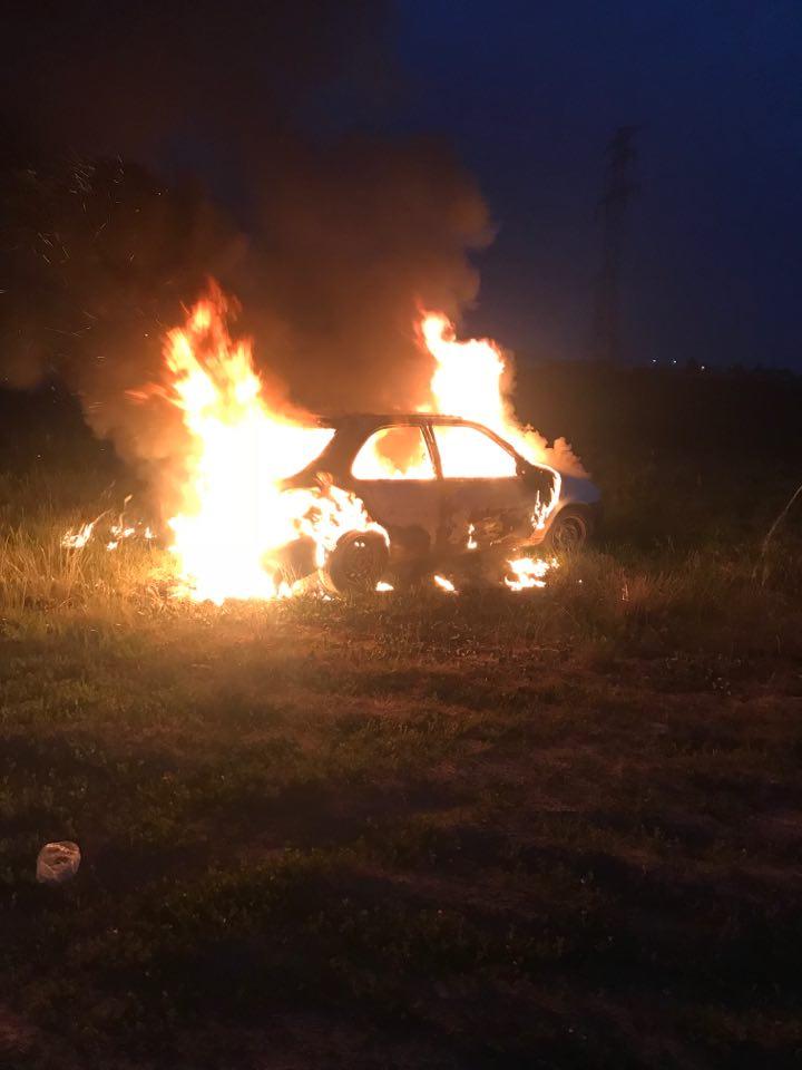 nr – 18.06.2018 – pożar samochodu – Babice Nowe ul. Dolna