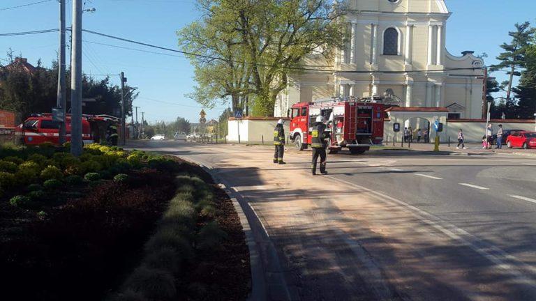 30. 20.04.2018 – Wyciek oleju – Stare Babice ul Rynek i Piłsudzkiego
