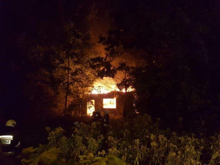 63. 10.10.2018 – Pożar pustostanu – Klaudyn ul. Lutosławskiego