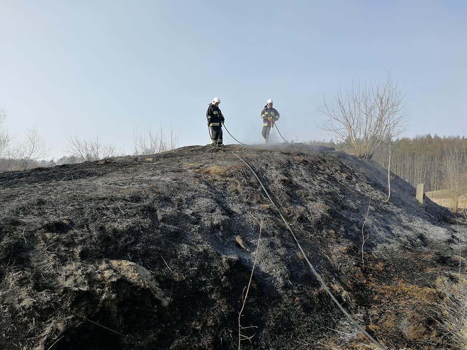 20. 25.03.2018 – Pożar traw – Nieczynna wojskowa jednostka radarowa w Janowie