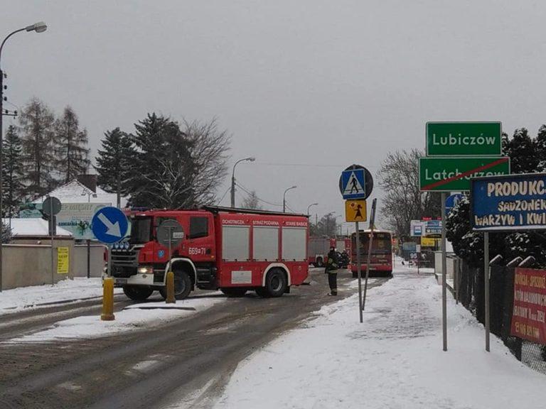 67. 16.12.2018 – Zderzenie dwóch samochodów osobowych – Lubiczów ul. Warszawska